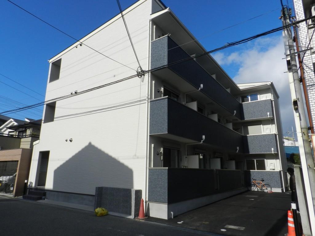 ノイヴェル小松(木造3階建共同住宅15戸)H27.2.30竣工