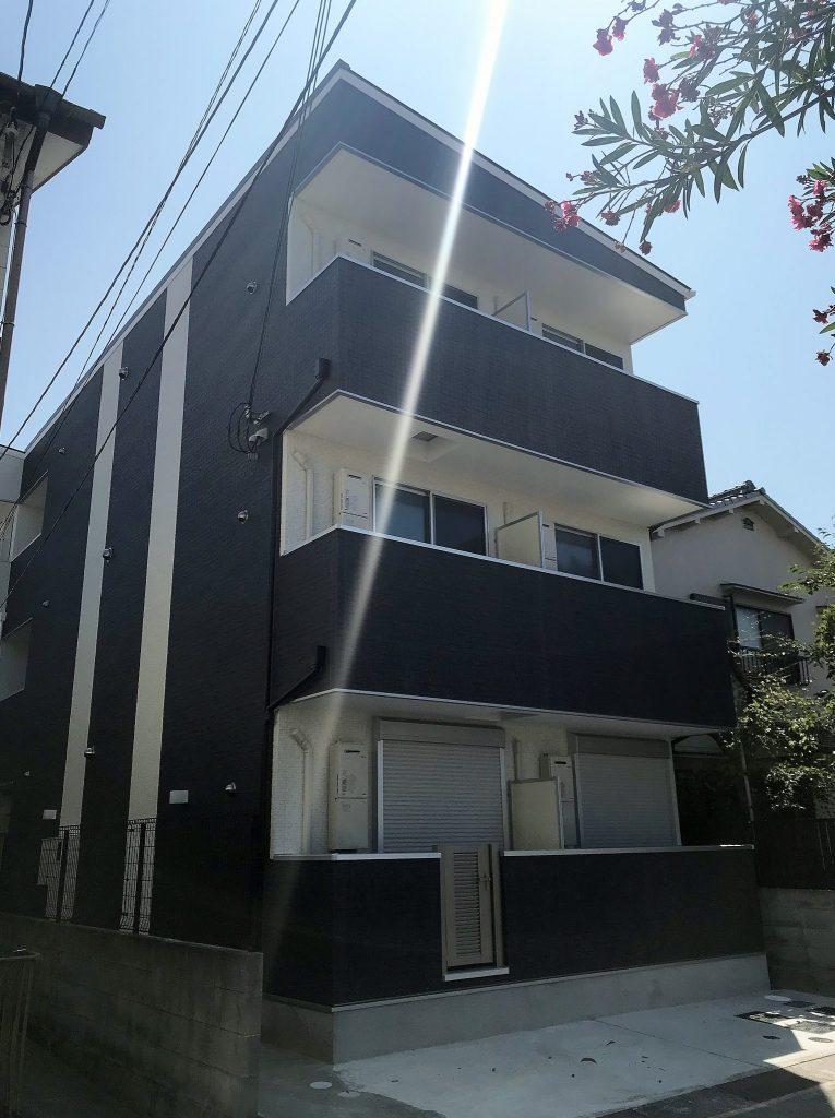 尼崎市西本町(木造3階建共同住宅9戸)H30.7.31竣工