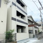 東大阪市小若江(木造3階建共同住宅9戸)R2.9.25竣工